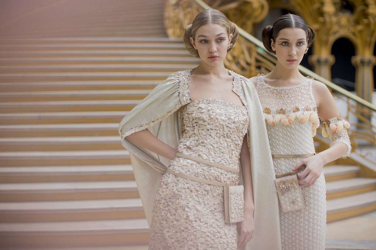 chanel-spring-2016-couture-backstage-kevin-tachman-32