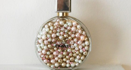 DIY – Empty Perfume Bottle With Pearls