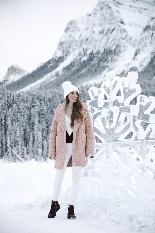 Après-Ski in Banff, Alberta Lake Louise